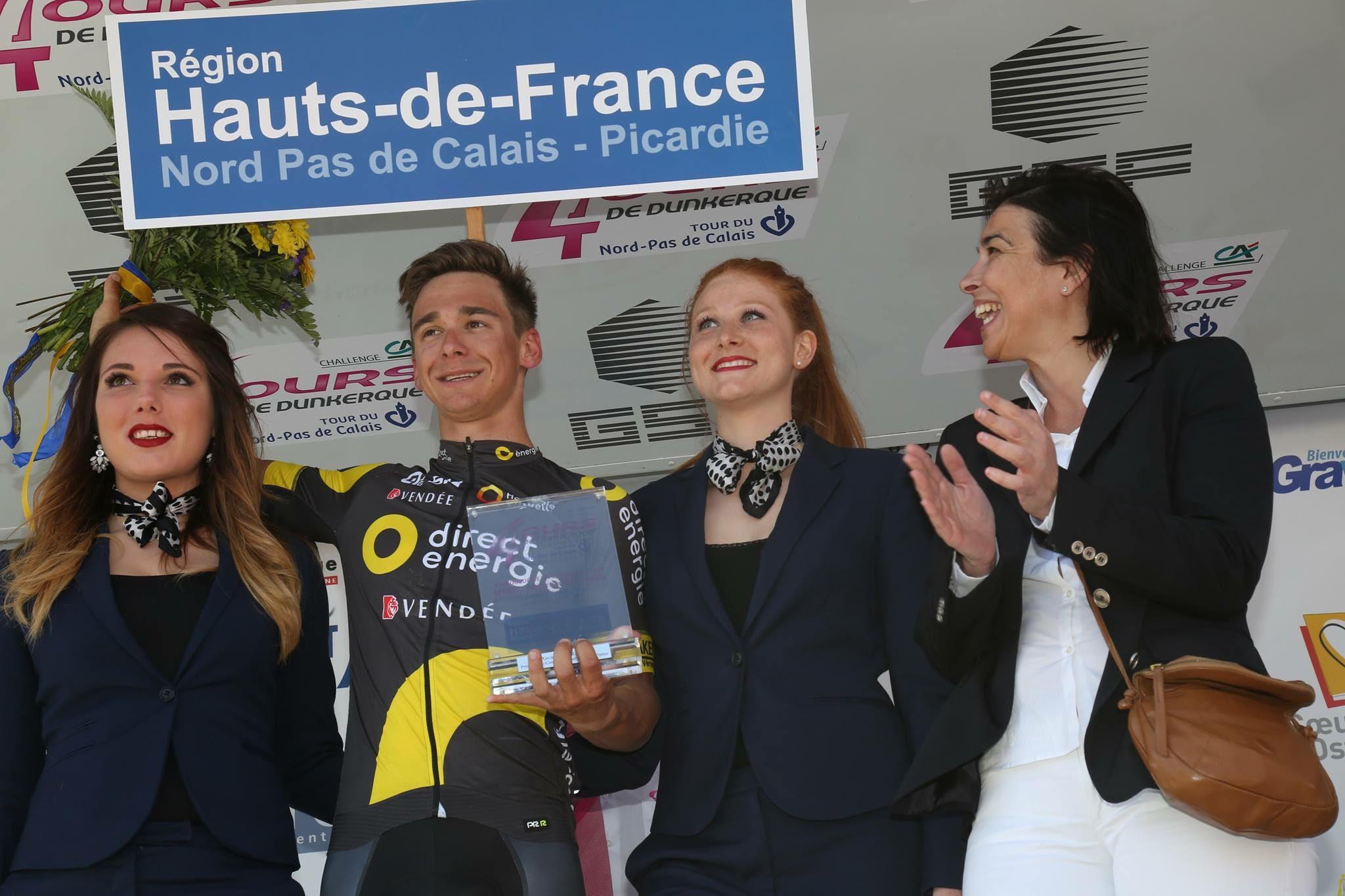 Remise de trophée pour la troisième étape des 4 jours de Dunkerque 3