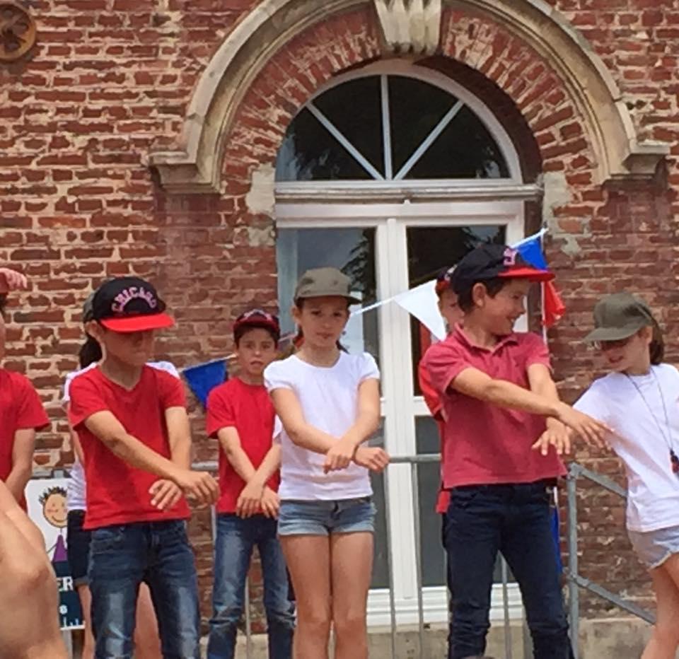 A la kermesse de l'école Sainte-Thérèse à Montdidier 1