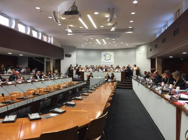 en-commission-permanente-a-la-region-hauts-de-france-sur-le-travail