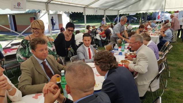 reunion-des-republicains-aupres-dedouard-courtial-2