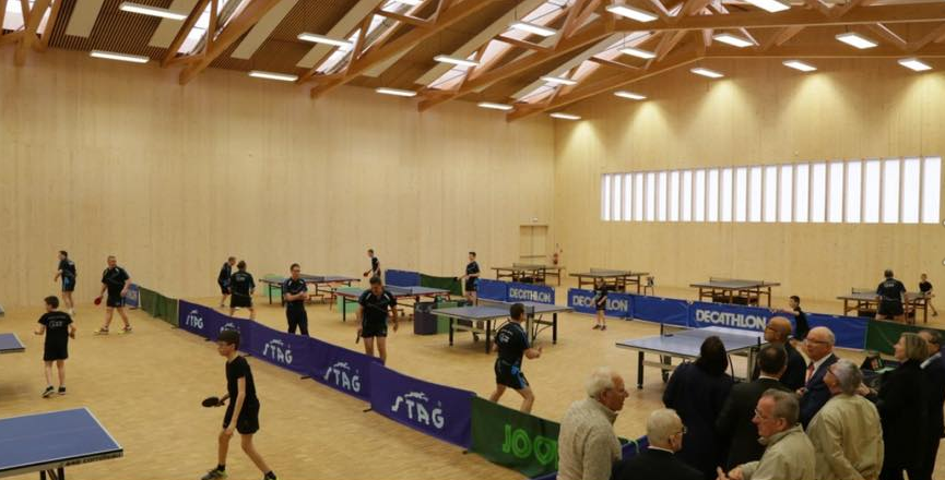 A l'inauguration du complexe sportif multifonctions à Longueil-Sainte-Marie 2