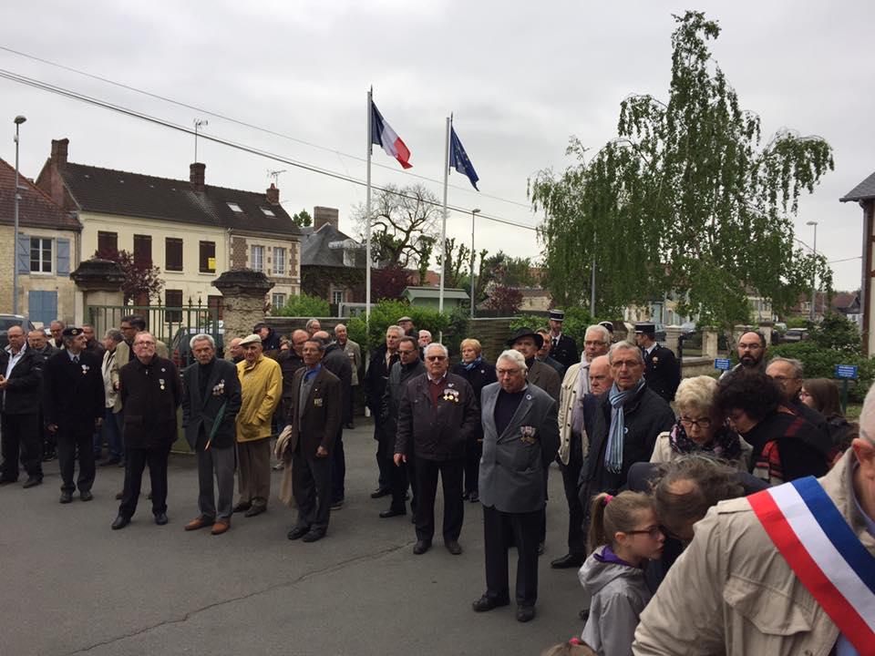 Aux commémorations du 8 mai à La Croix Saint Ouen 2