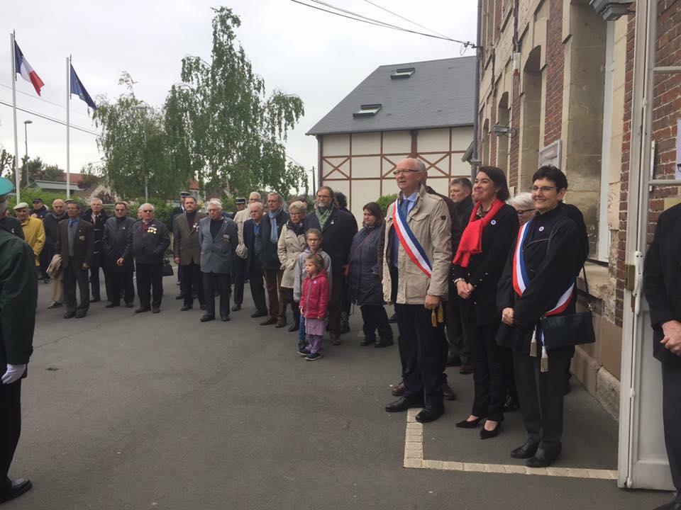 Aux commémorations du 8 mai à La Croix Saint Ouen