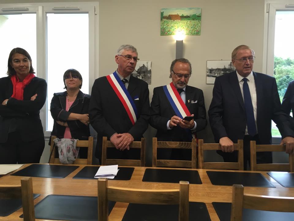 A l'inauguration de la Mairie de Plessier-sur-Bulles 1