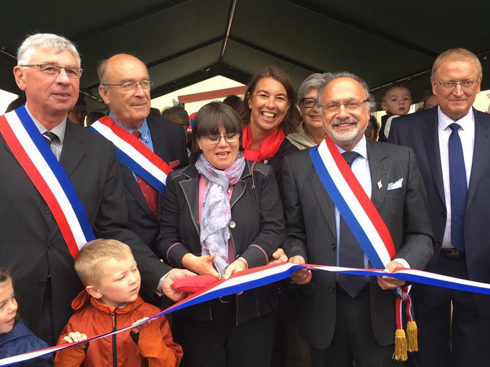 A l'inauguration de la Mairie de Plessier-sur-Bulles