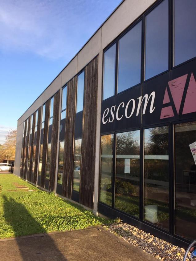 Réunion de travail à l'ESCOM
