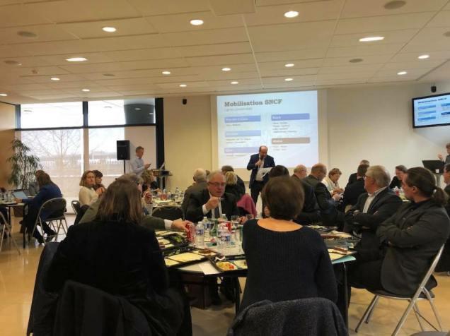 Préparation de la Commission permanente du 27 mars au siège de la région Hauts-de-France